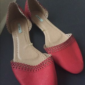 Red leather flat  sip on shoes